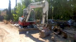 Mini excavadora giratoria